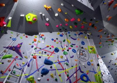 Centrum-wspinaczkowe-Rezon-dach-i-przewieszka